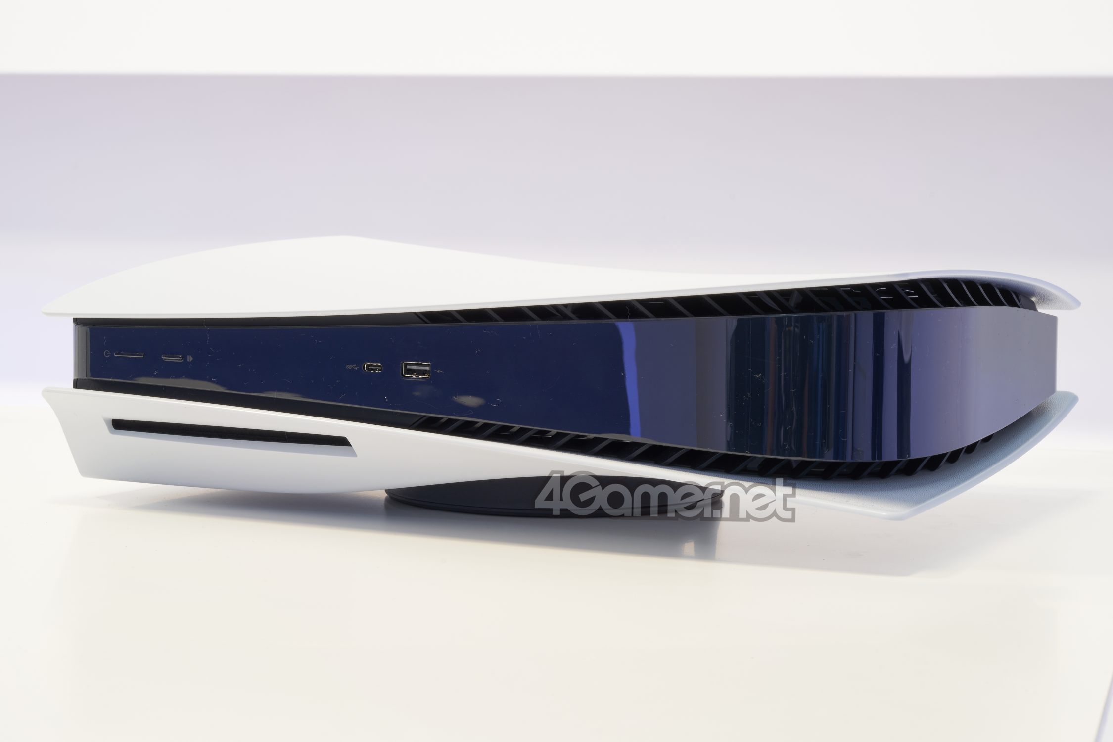 PlayStation 5 Real Photo 07